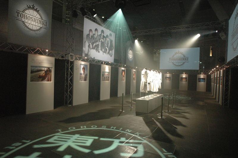 TOHOSHINKI EXPO 2010 SHOW CASE